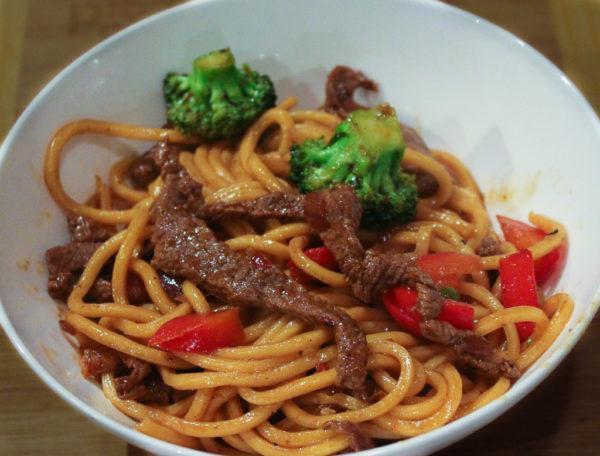 Sweet Chilli Beef With Hokkien Noodles