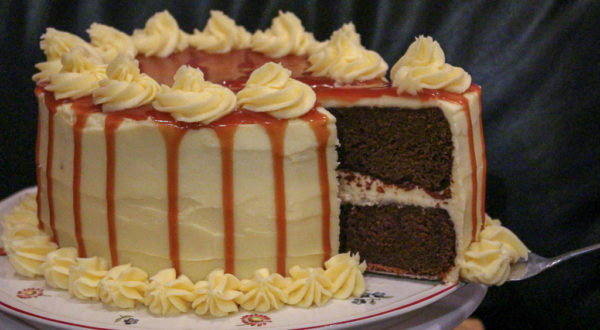 Gingerbread Cake With Caramel Sauce & Vanilla Cream Cheese Icing